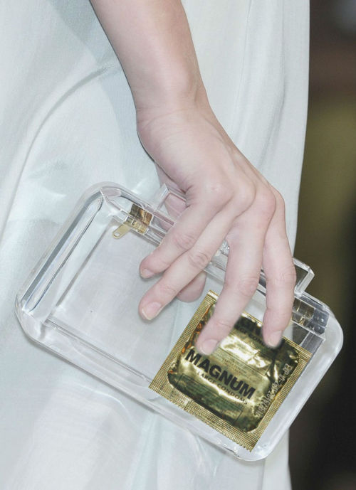 usages:fendi spring summer 10
